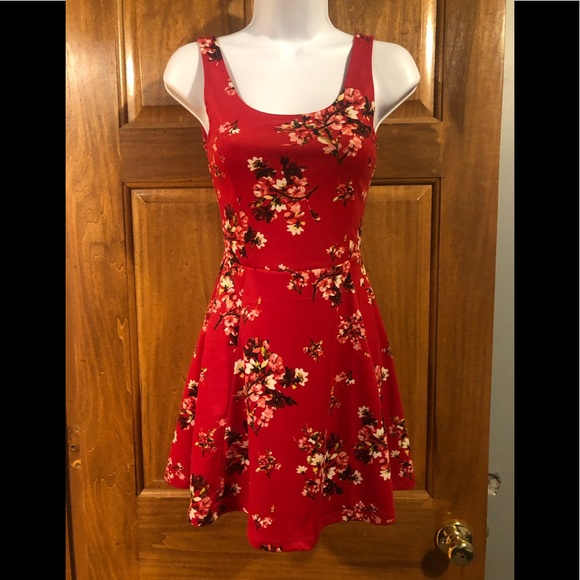 Divided H&M Dresses & Skirts - Size 2 red floral dress from H&M